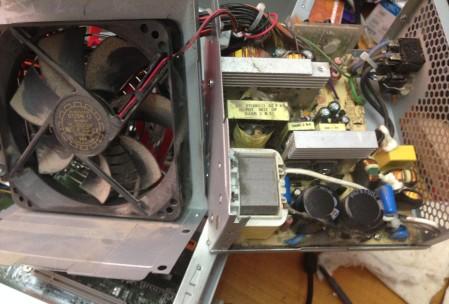 Чистка компьютера от пыли (9)